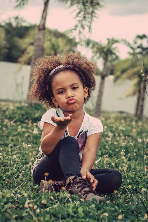 Immagine gratuita di acconciatura, adorabile, bambino, broncio