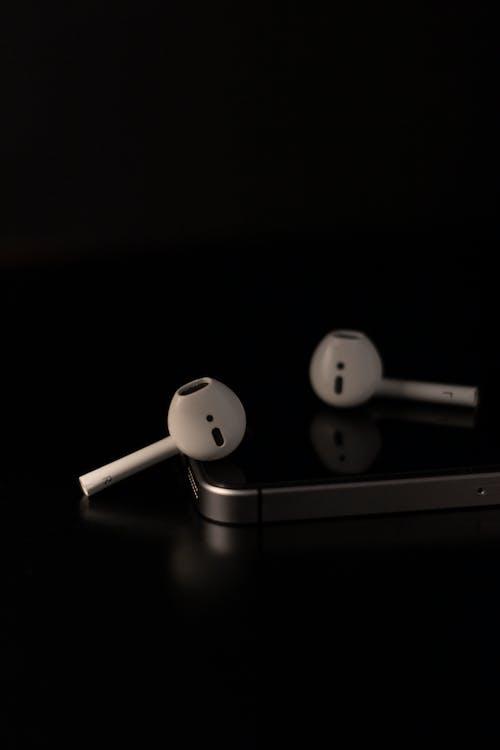 airpods, earpods, iPhone, 垂直 的 免費圖庫相片