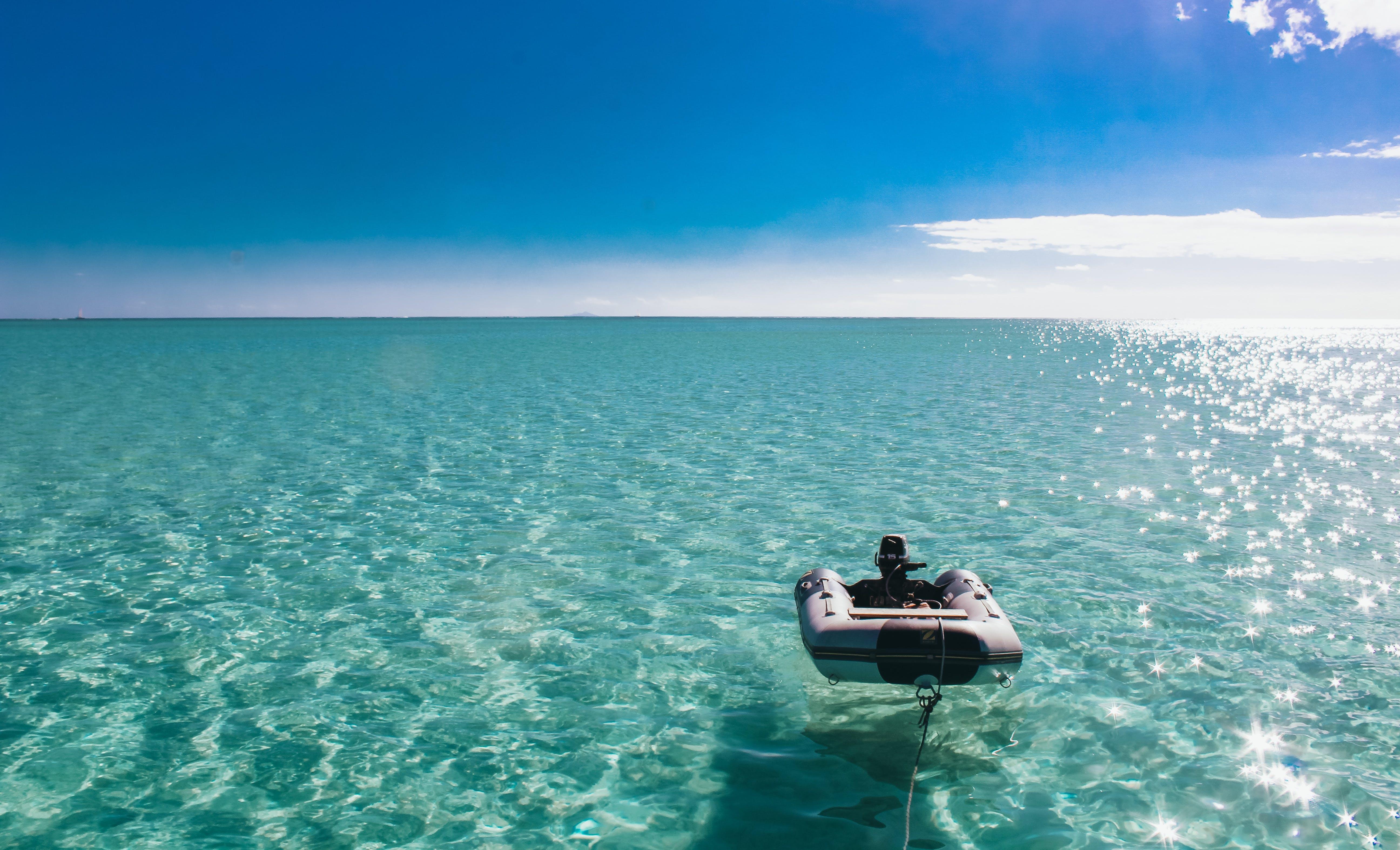 blaue lagune, blauer himmel, boot