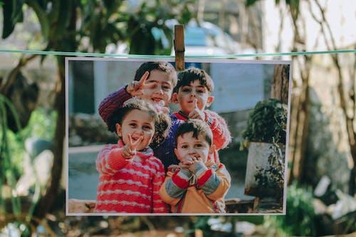 兄弟姐妹, 可愛的, 和平標誌, 圖片 的 免費圖庫相片