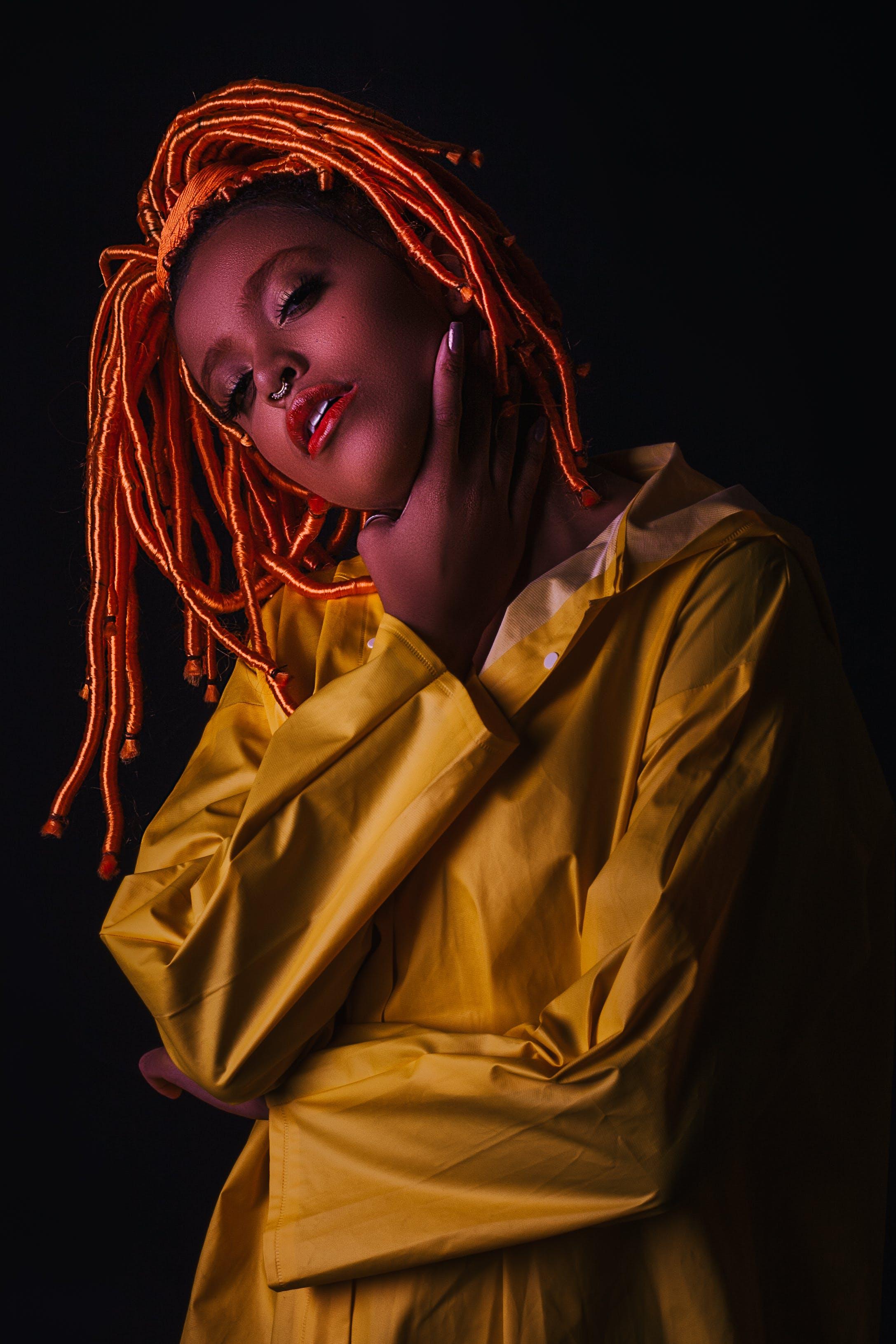 Základová fotografie zdarma na téma afroameričanka, černá holka, černoška, dívání