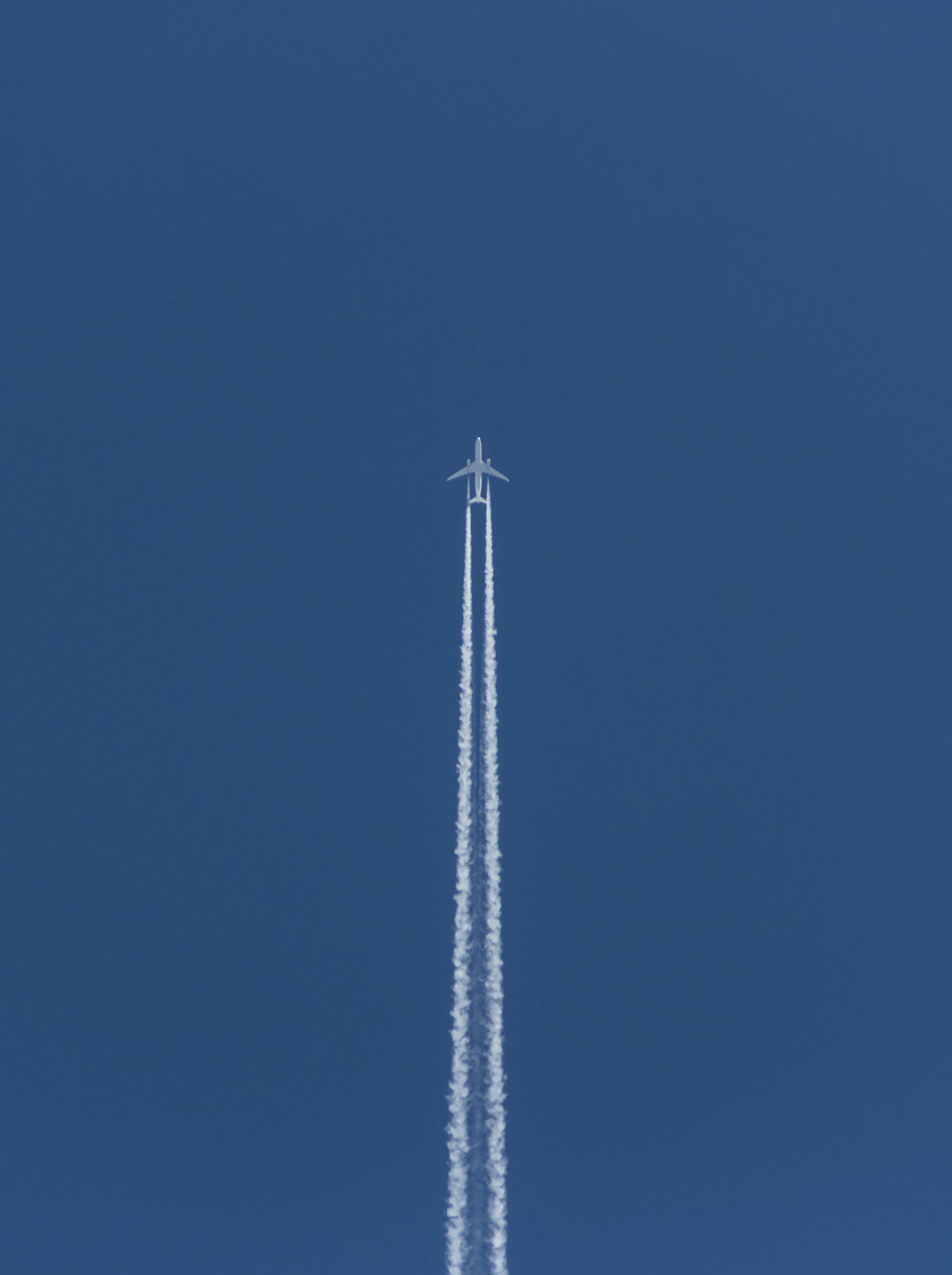 Free stock photo of aeroplane, blue, sky, symmetry