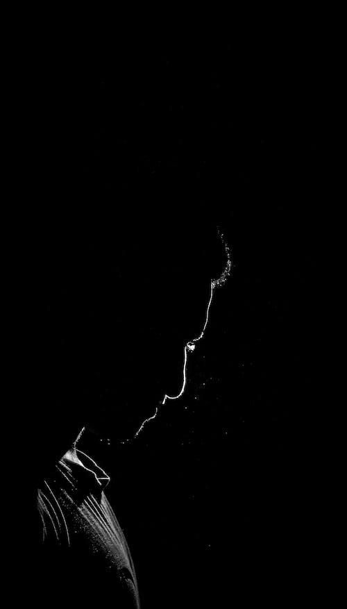 Δωρεάν στοκ φωτογραφιών με ασπρόμαυρο, μαύρη ταπετσαρία, μαύρο φόντο, μαύρος