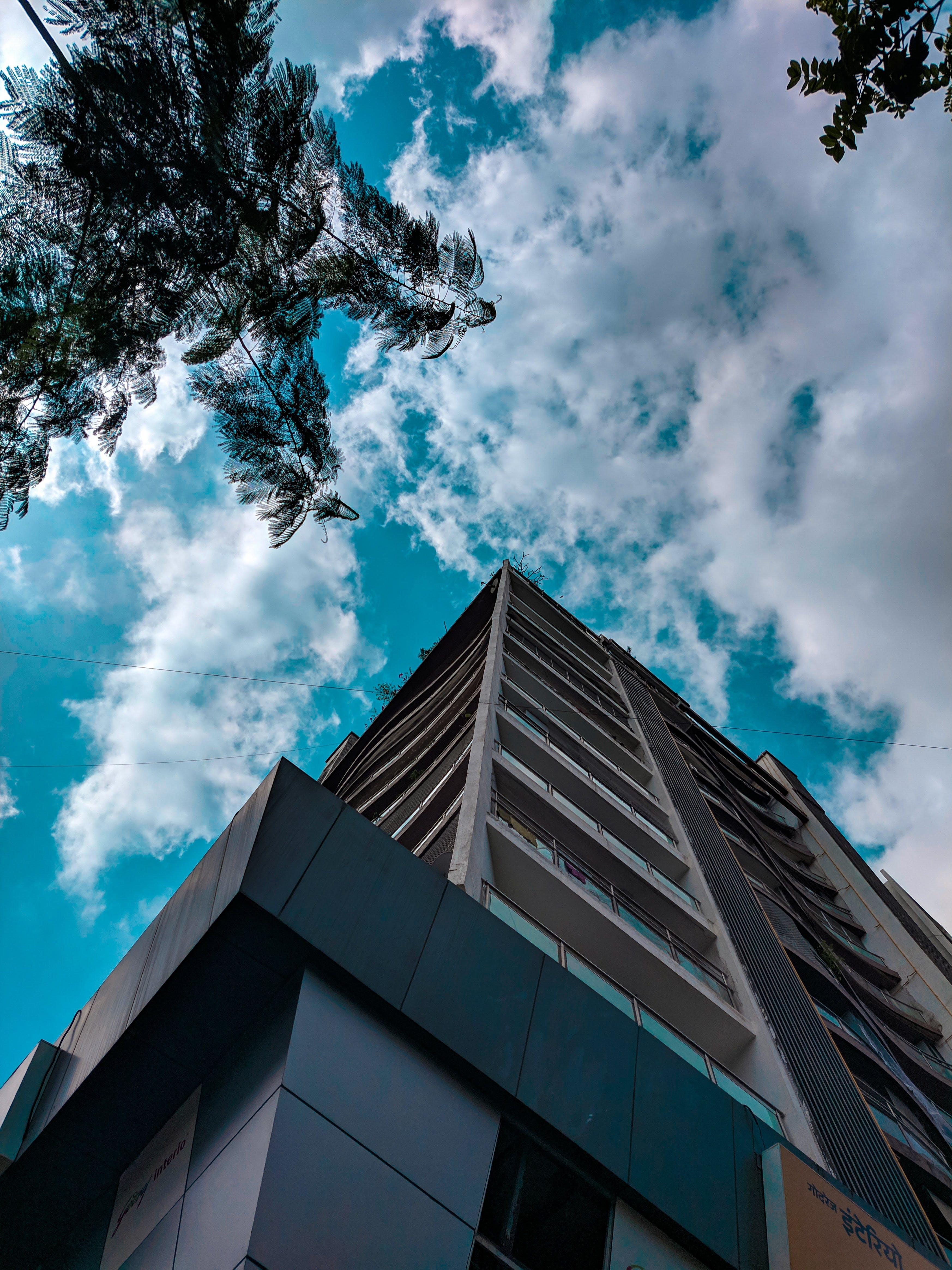 Gratis stockfoto met appartementencomplex, architectueel design, blauw, minimaal