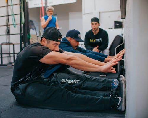Darmowe zdjęcie z galerii z akcja, baylife, ćwiczenie, dosięgnąć