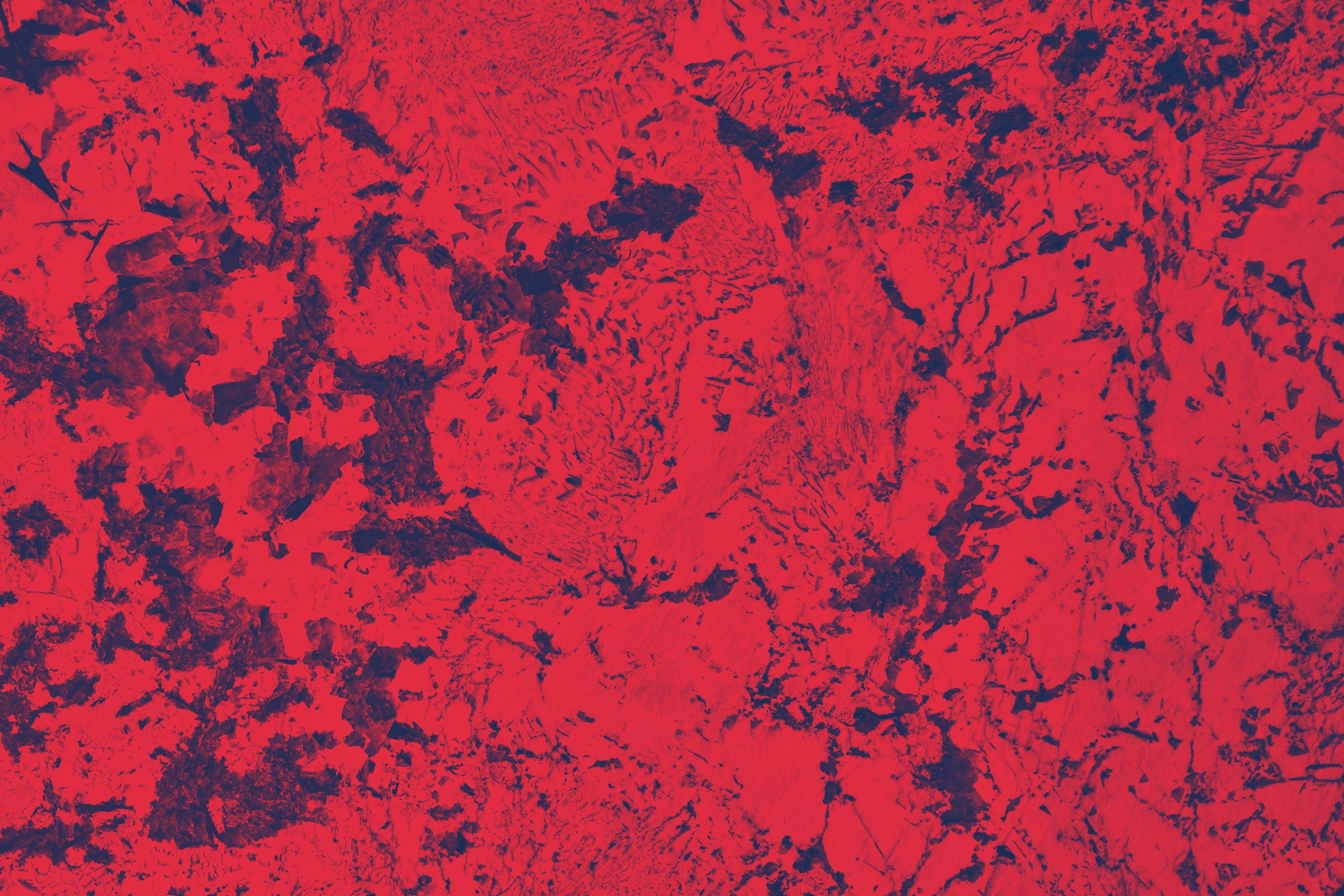 marbre de couleur rouge