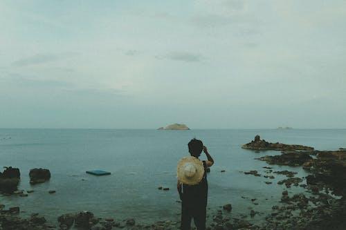 açık hava, ada, bulutlar, dağlar içeren Ücretsiz stok fotoğraf