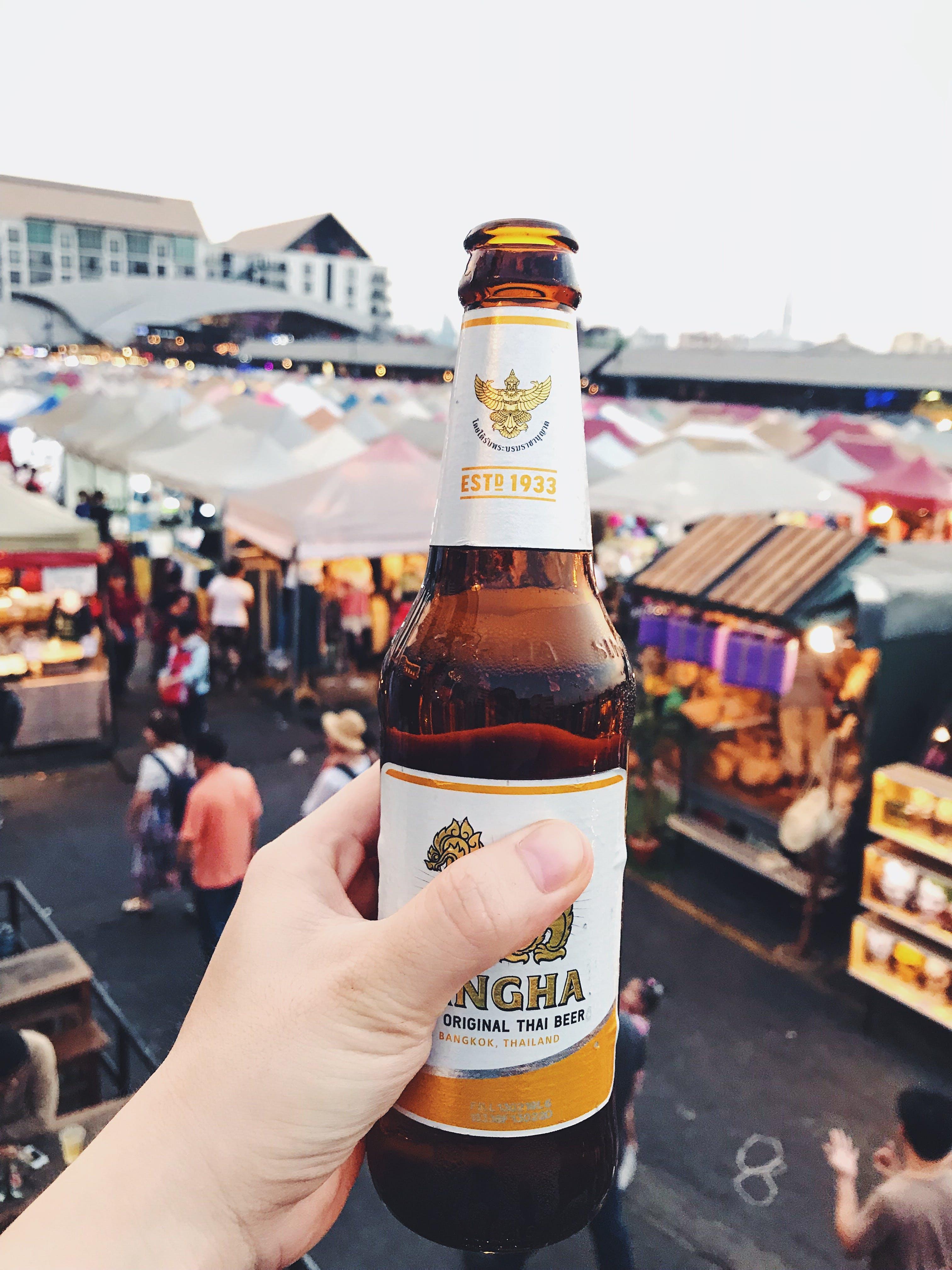 açık hava, alkol, alkollü içecek, alkollü içecekler içeren Ücretsiz stok fotoğraf