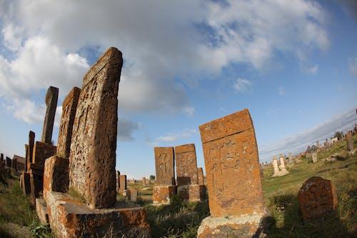 Gratis arkivbilde med armenia, khachkar, kirkegård, kryss-stein