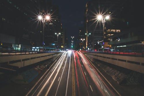 Безкоштовне стокове фото на тему «вогні міста, довга експозиція, дорога, Ліхтарі»