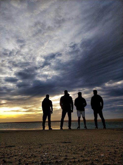 Ilmainen kuvapankkikuva tunnisteilla auringonlasku, auringonlaskun ranta, hiekkaranta, matkakohde