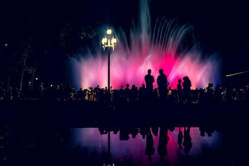 Immagine gratuita di barcellona, fontana, persone, retroilluminato