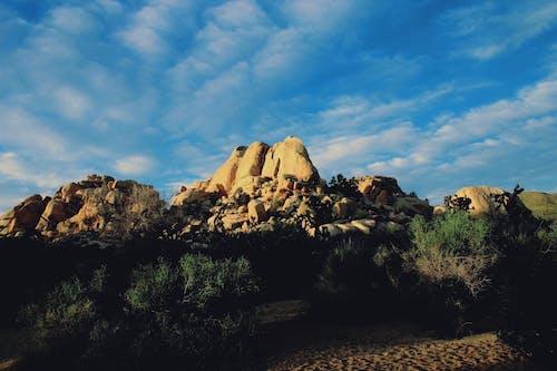 Foto stok gratis alam, awan, batu, bebatuan