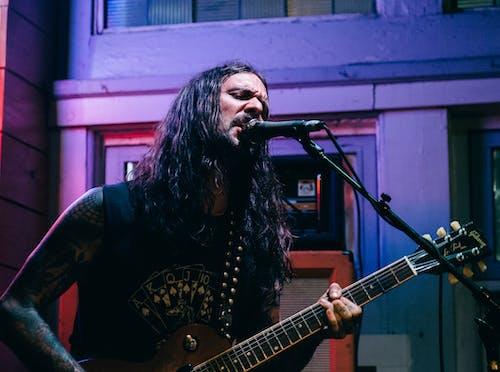 Foto d'estoc gratuïta de actuació en directe, banda, grunge, guitarra
