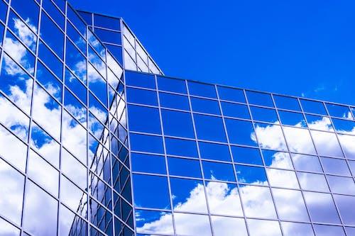 Kostenloses Stock Foto zu 4k wallpaper, architektur, architekturdesign, blauer himmel