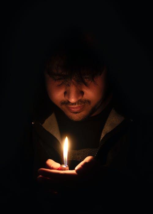 Foto stok gratis cahaya, cahaya lilin, gelap