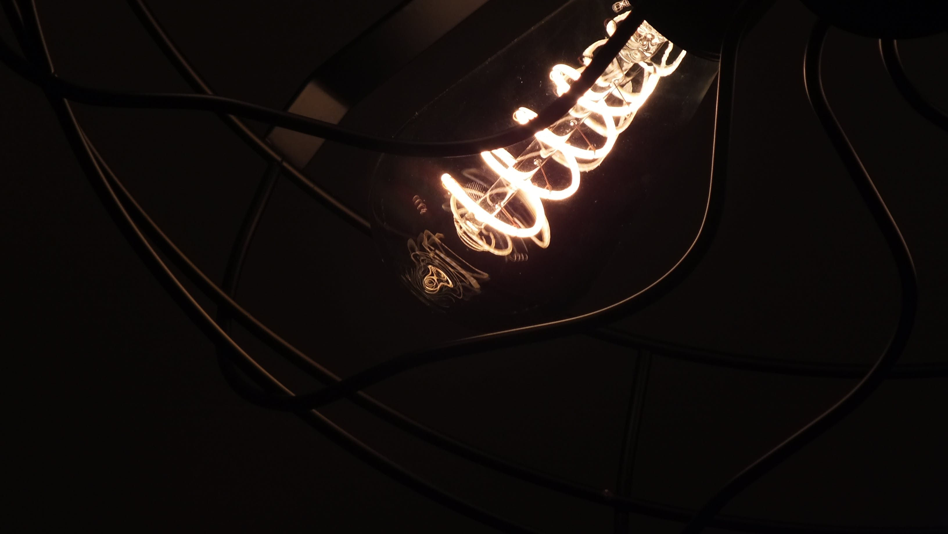 Free stock photo of chandelier, chandeliers, light, light bulb
