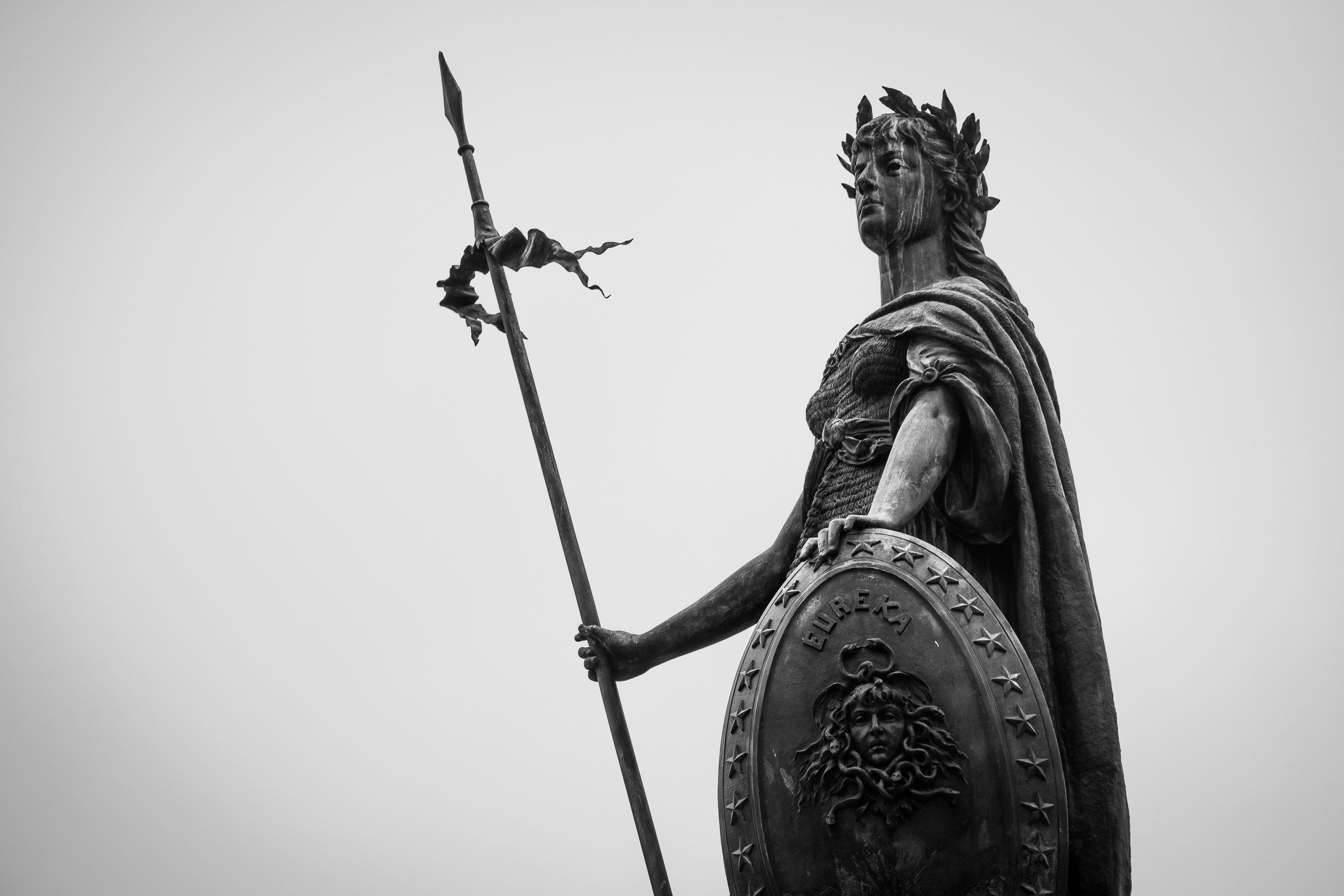 Fotos de stock gratuitas de estatua, fotografía monocromática