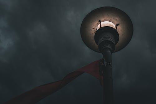 Безкоштовне стокове фото на тему «жердина, лампа, легкий, ніч»