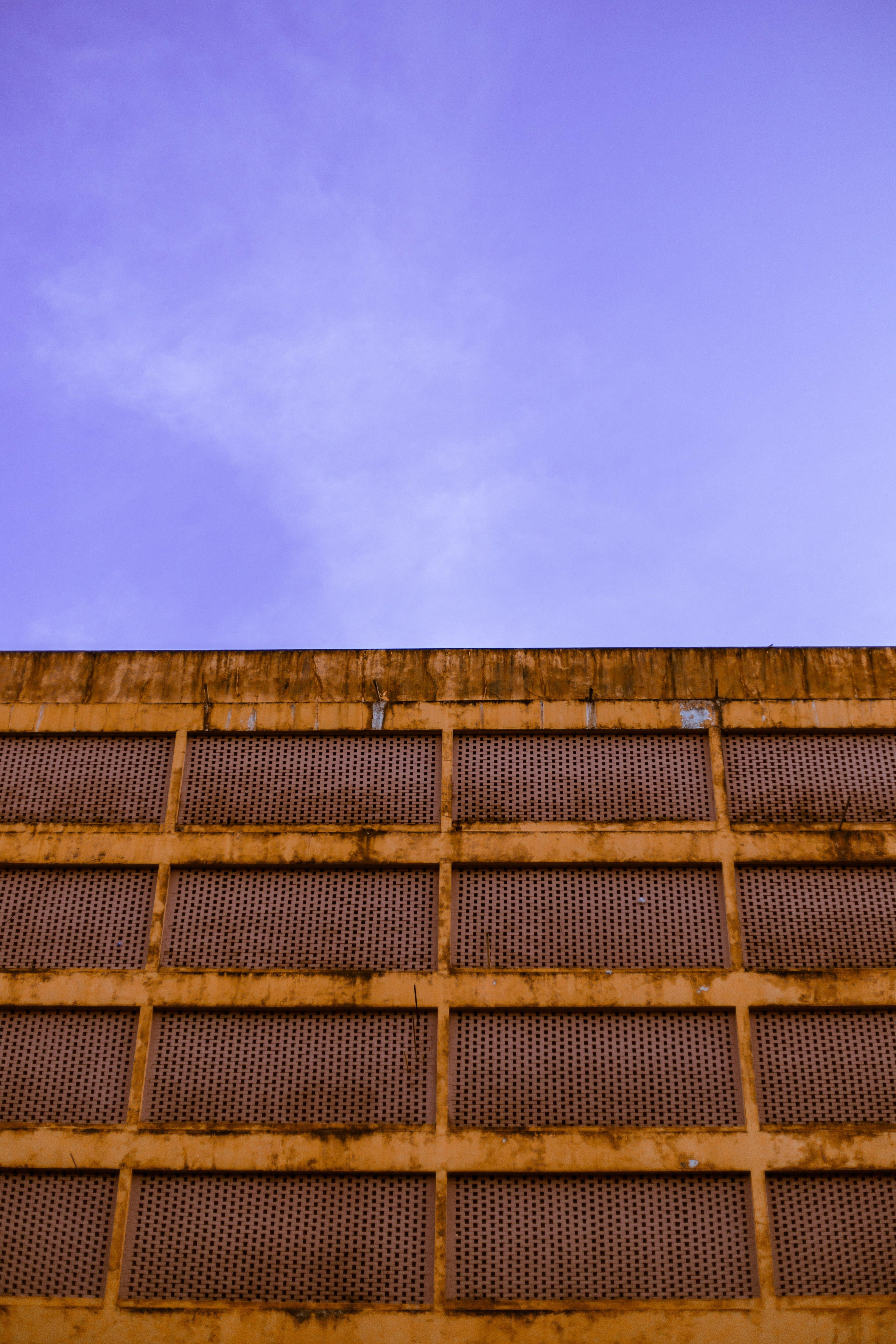Ảnh lưu trữ miễn phí về ánh sáng ban ngày, bầu trời, kim loại, màu sắc