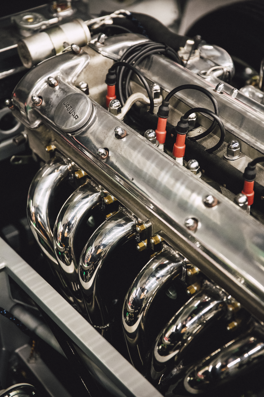 Chrome-colored Vehicle Engine