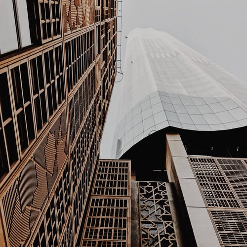 Gratis stockfoto met architectueel design, architectuur, binnenstad, buitenfotografie