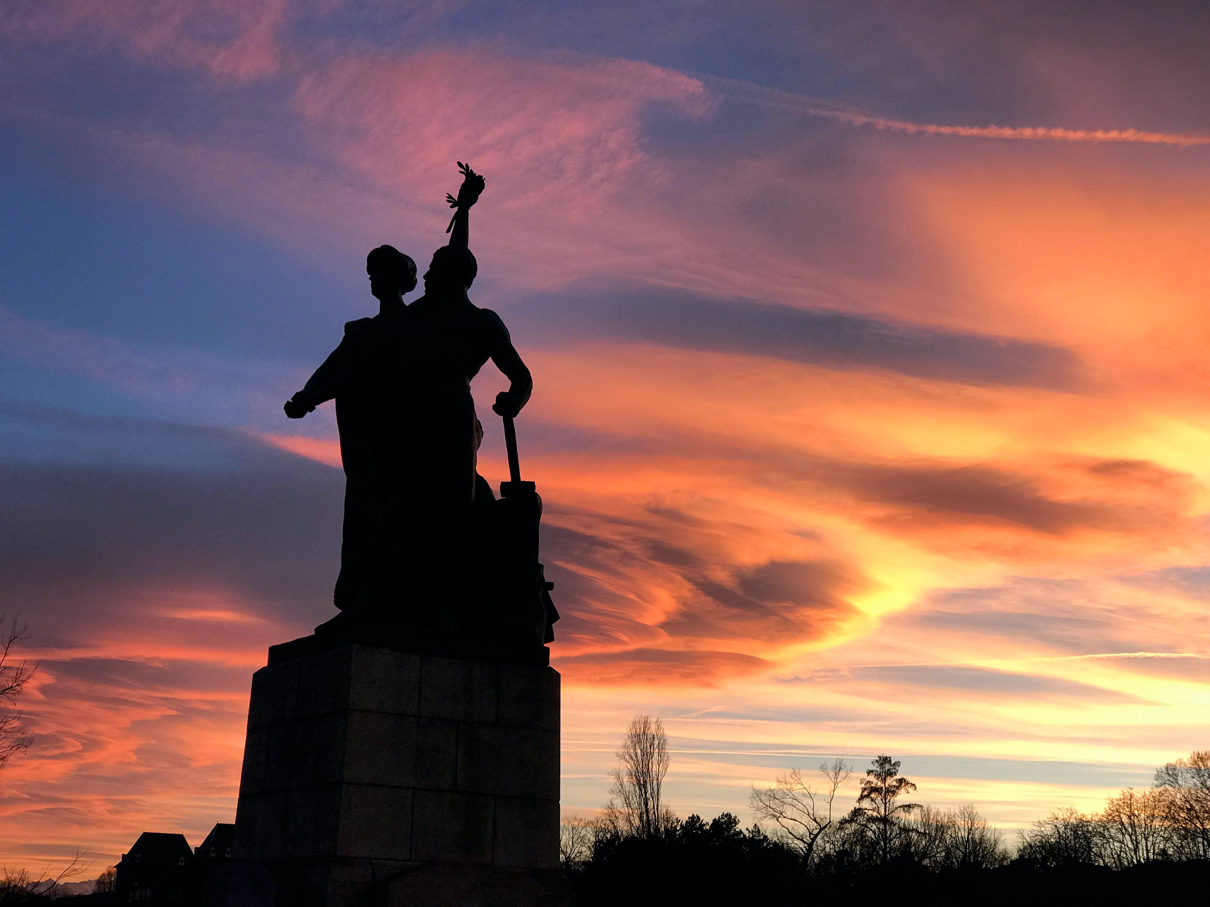 Ingyenes stockfotó emlékmű, felhők, Itália, naplemente témában
