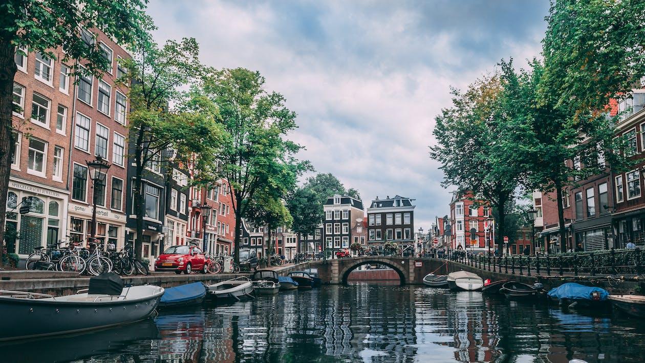 ambarcațiuni, Amsterdam, apă