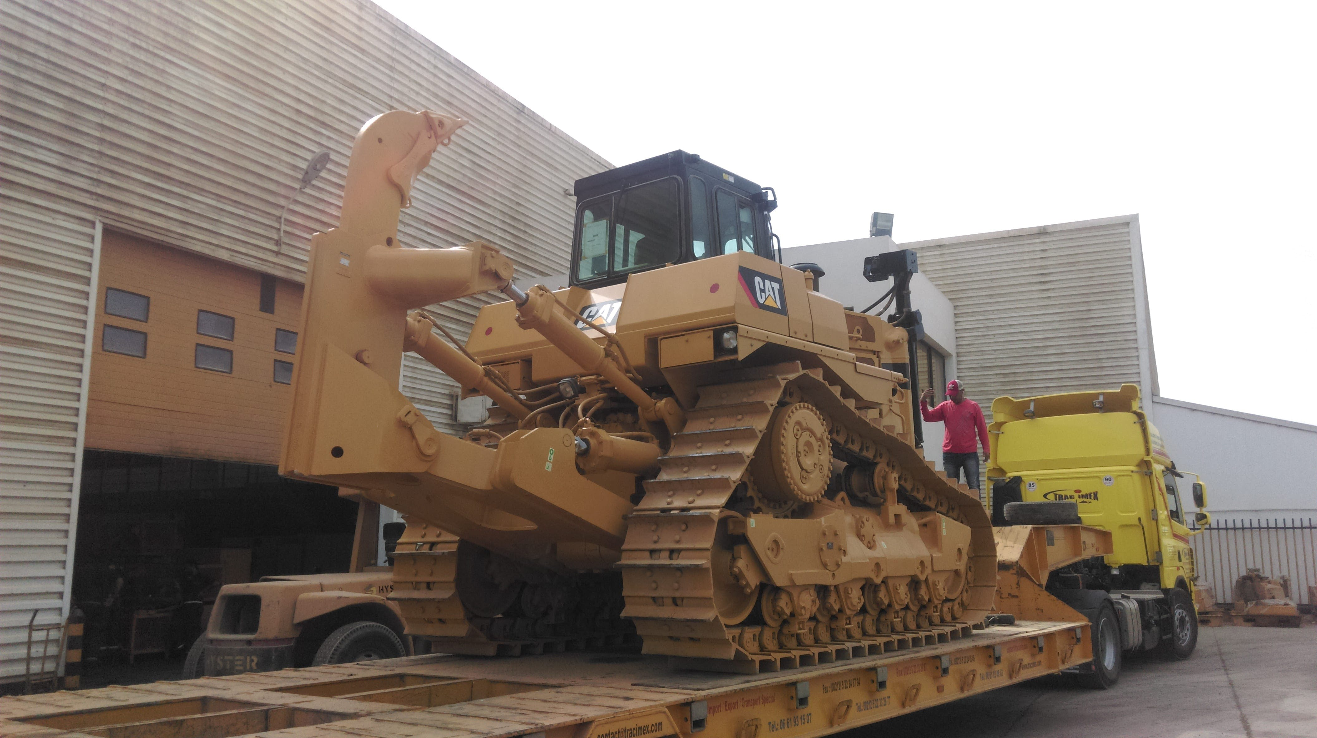Free stock photo of building and works, caterpillar, construction machinery, industrial building