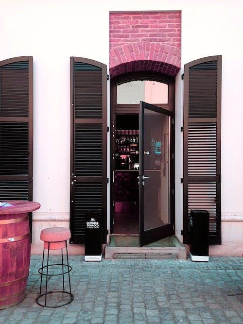 Foto profissional grátis de aparência, arquitetura, bar, barra