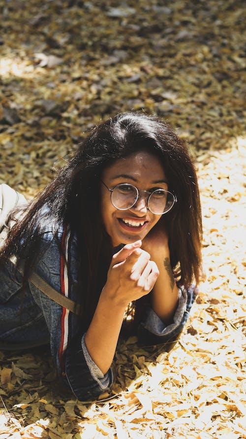 Kostnadsfri bild av asiatisk tjej, flicka, gata, indisk flicka