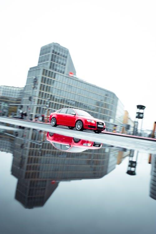 Gratis lagerfoto af Audi, bil, refleksion, regn