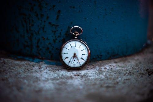 Gratis lagerfoto af blå, gammelt ur, tid