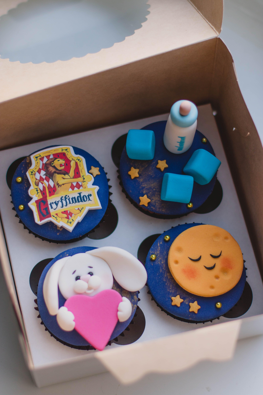Round Baby Shower Cupcakes