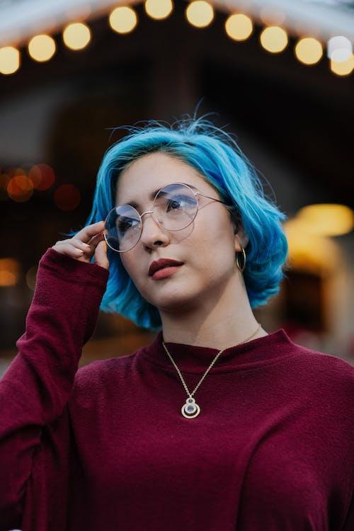 Ingyenes stockfotó álló kép, Fotózás, gyönyörű nő, kék haj témában