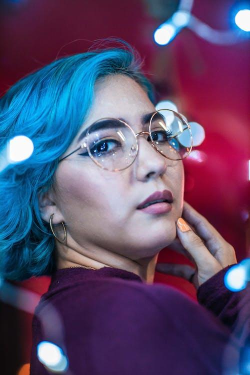 Kostnadsfri bild av blått hår, flicka, fotografering, frisyr