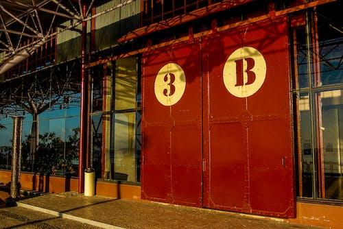 Red 3b Sliding Door