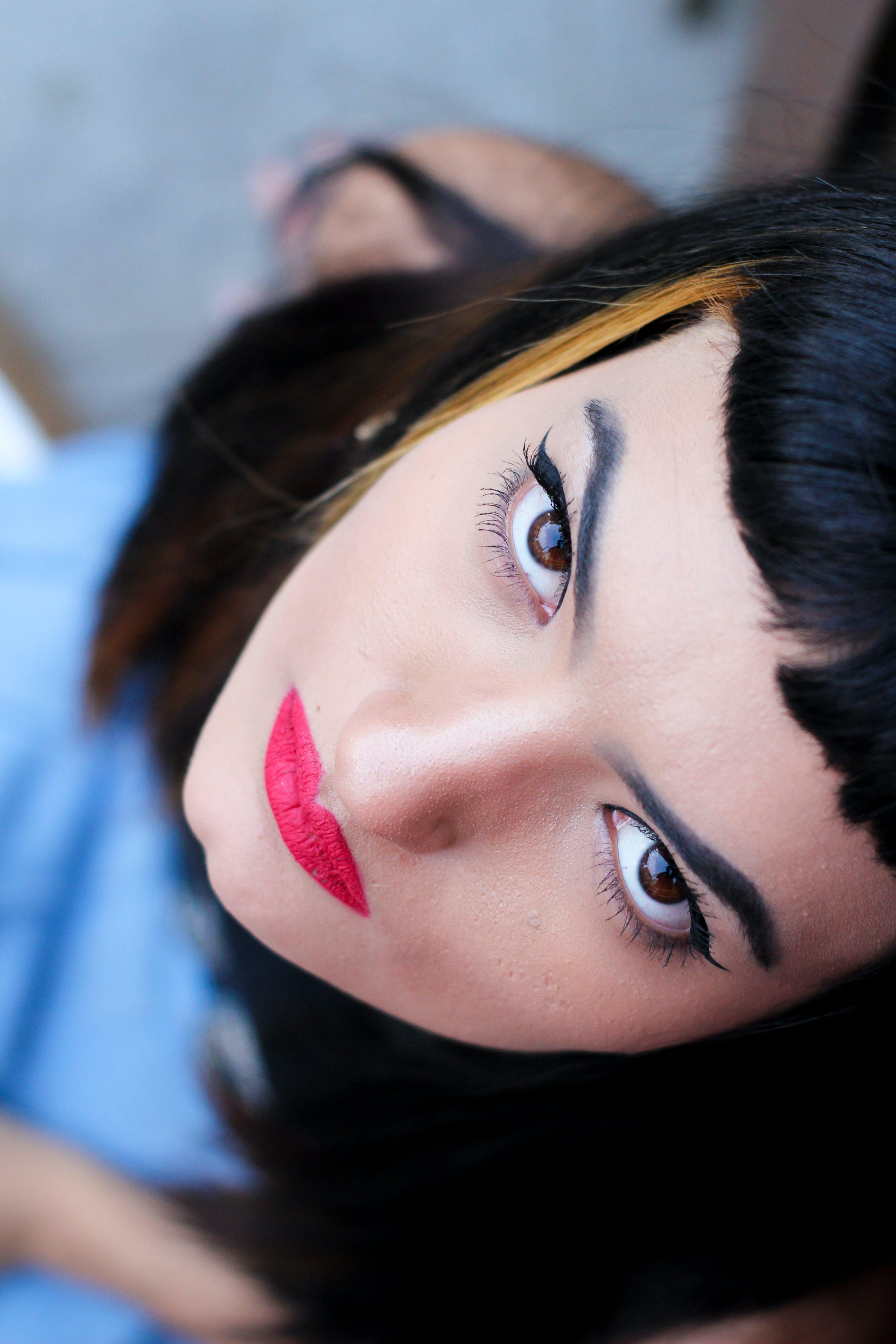 갈색 머리, 아름다운 여성, 여성, 예쁜의 무료 스톡 사진