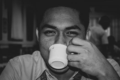 Ingyenes stockfotó álló kép, bw, csésze, fehér témában