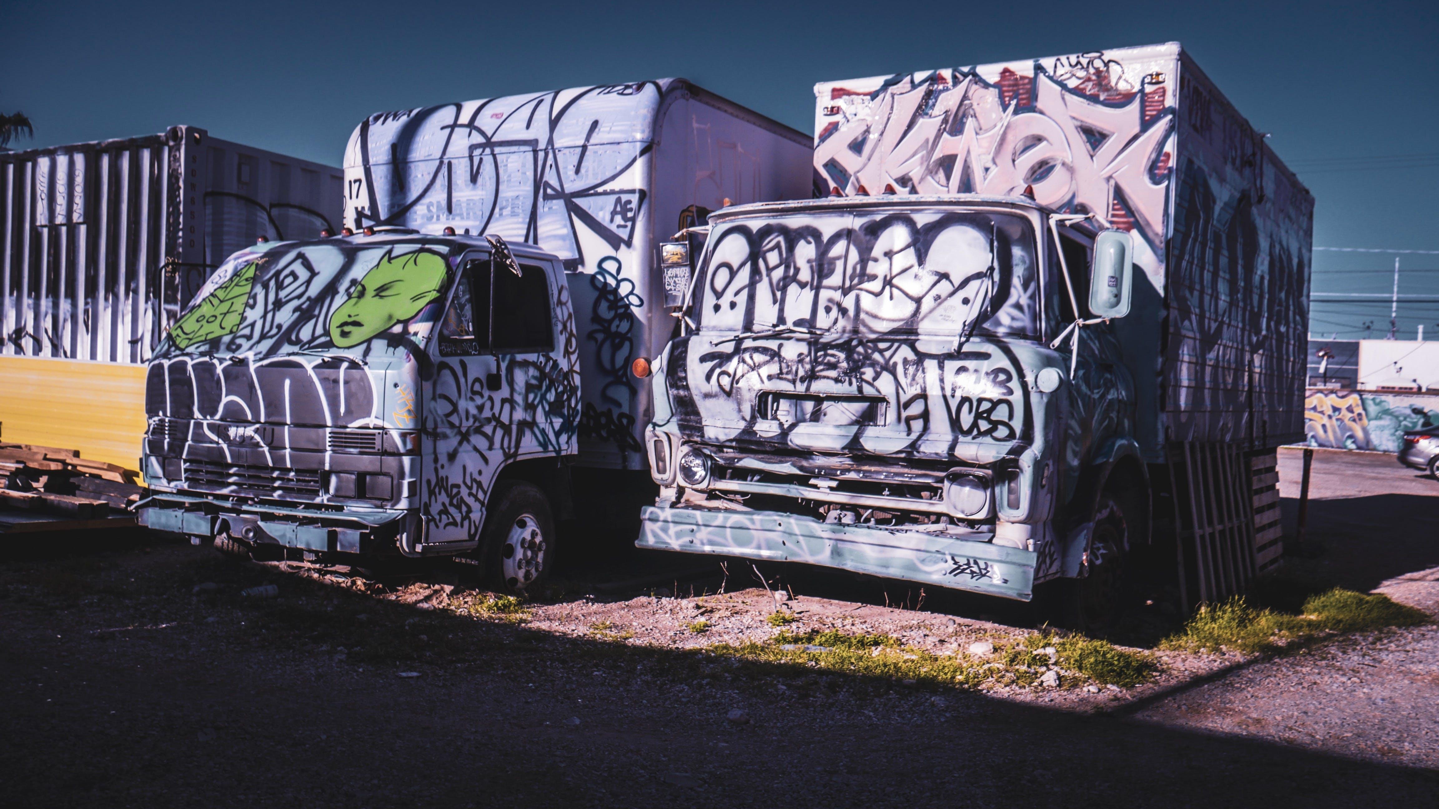 ストリートアート, トラック, 乗り物, 破壊行為の無料の写真素材