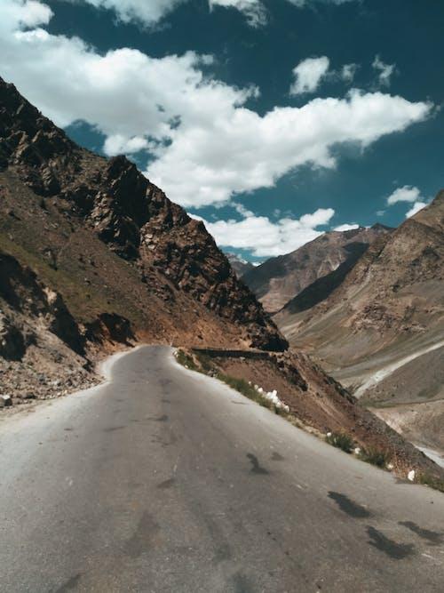 Δωρεάν στοκ φωτογραφιών με βουνό, γραφικός, δρόμος, έρημος