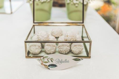 봉봉 캔디, 채색, 책상, 포르투갈의 무료 스톡 사진