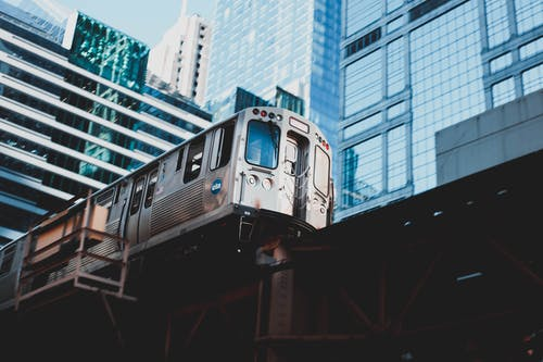 Immagine gratuita di allenare, città, edifici, ferrovia