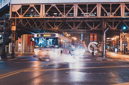 Δωρεάν στοκ φωτογραφιών με αστικός, δρόμος, κίνηση, όχημα