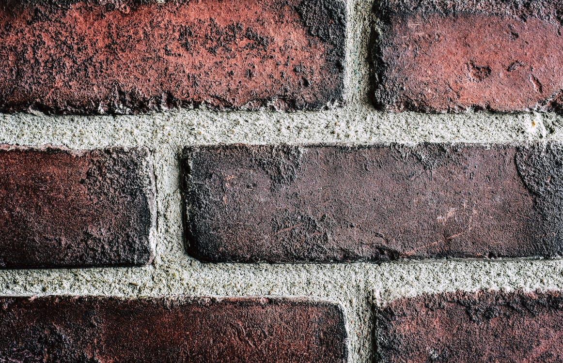 ก่ออิฐ, การก่อสร้าง, กำแพงอิฐ