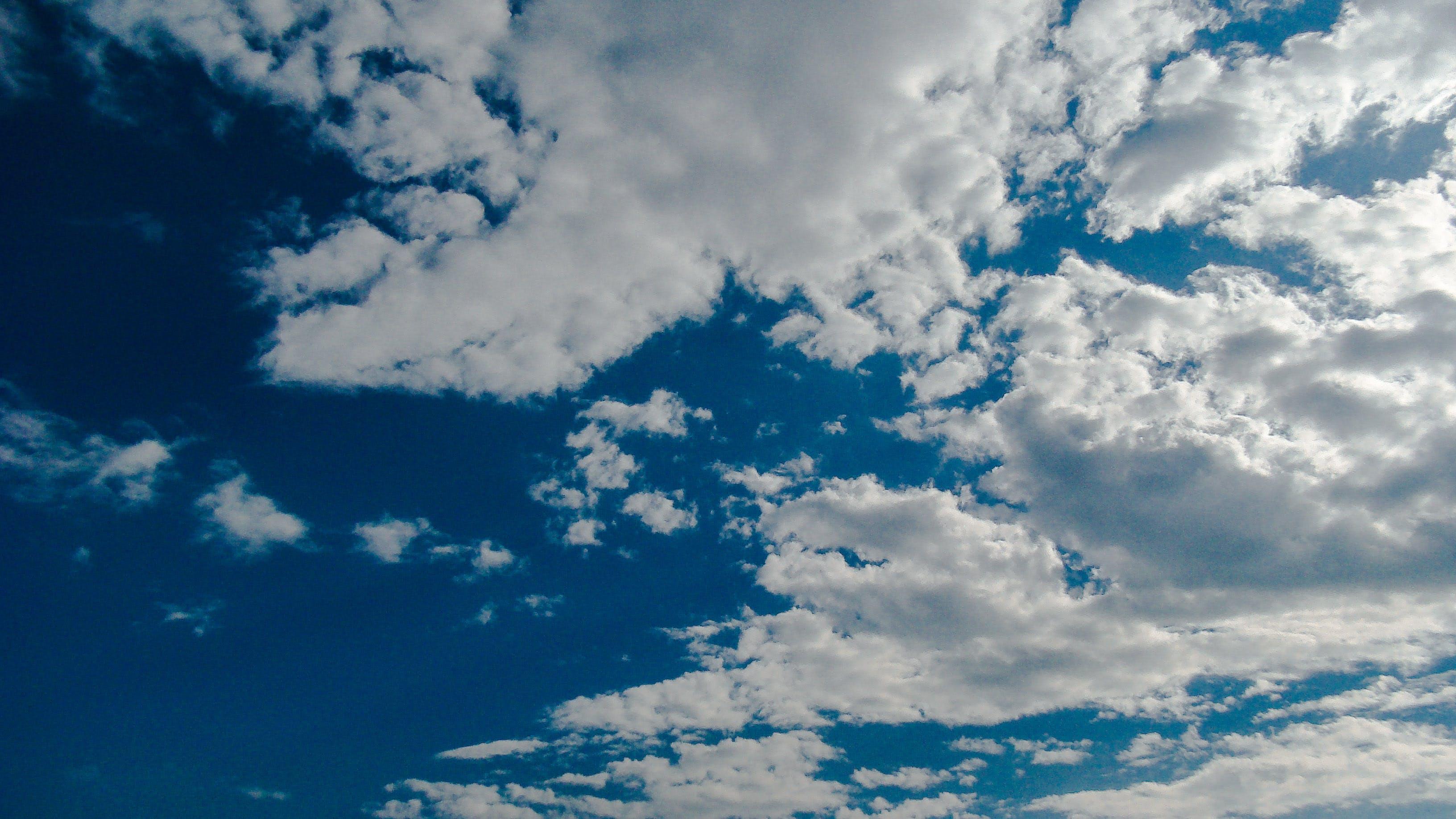 Foto d'estoc gratuïta de cel blau, núvol, núvols