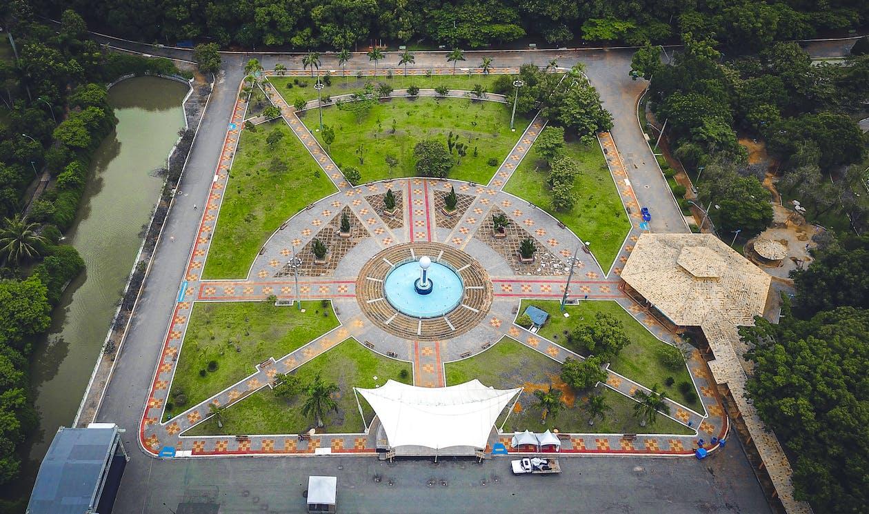 letecký záber, park, pohľad zvtáčej perspektívy