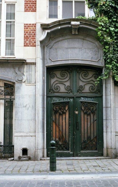 Foto d'estoc gratuïta de arquitectura, edifici, edifici antic, entrada