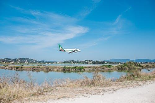 Бесплатное стоковое фото с Авиация, Аэропорт, вода, дневной свет