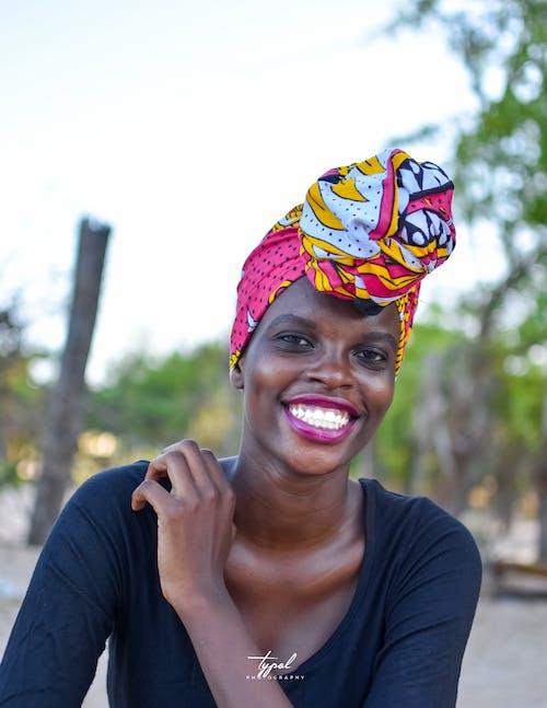 Gratis arkivbilde med afrikansk kvinne, afrikanske portretter, motemodell, skjønnhet i naturen